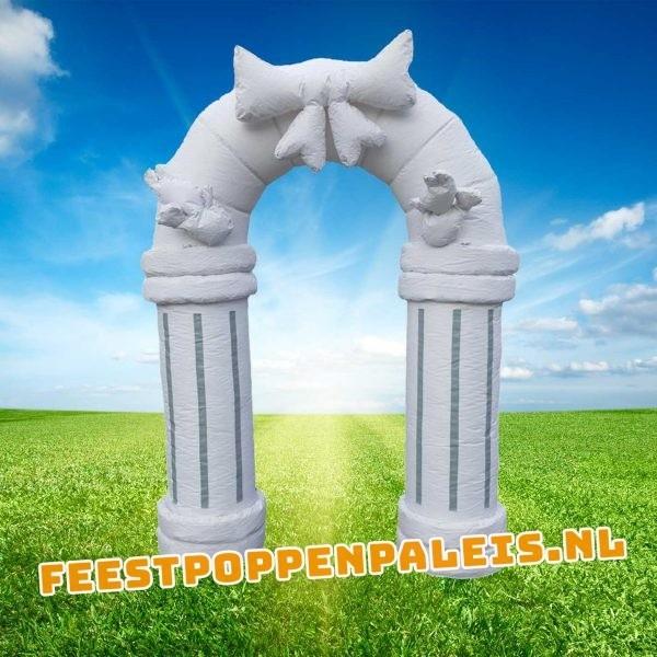 witte feestboog huwelijksboog trouwboog jubileumboog
