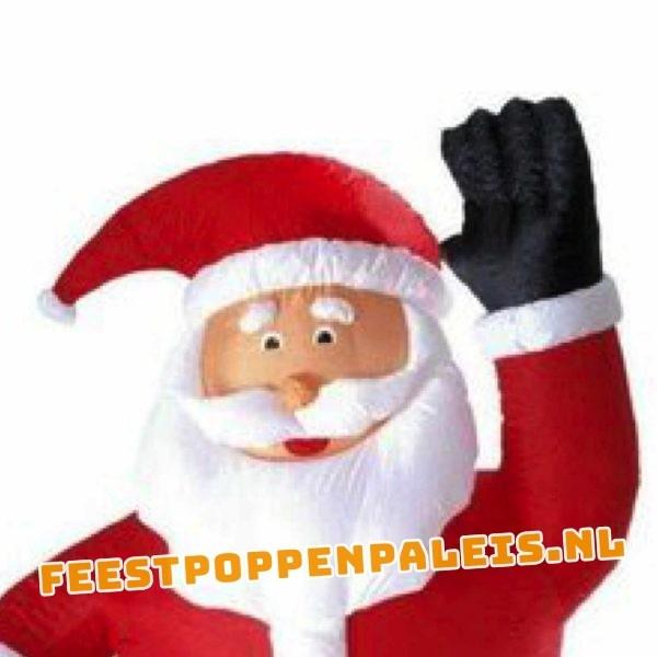 Opblaasbare Kerstman 240 cm met LED-verlichting - close up